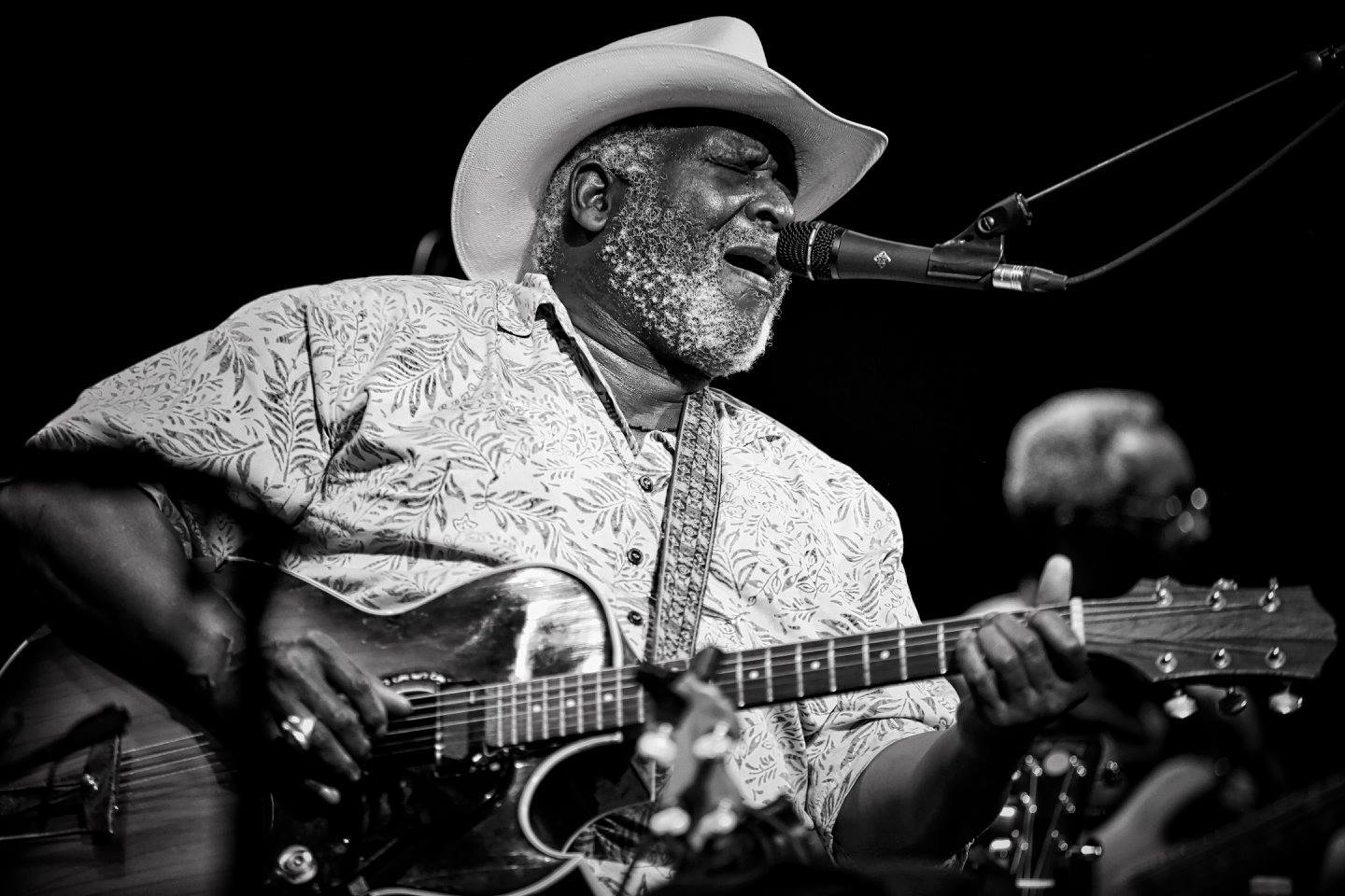 Taj Mahal on Working with Everybody from Howlin' Wolf and Muddy Waters to the Rolling Stones to Bob Marley