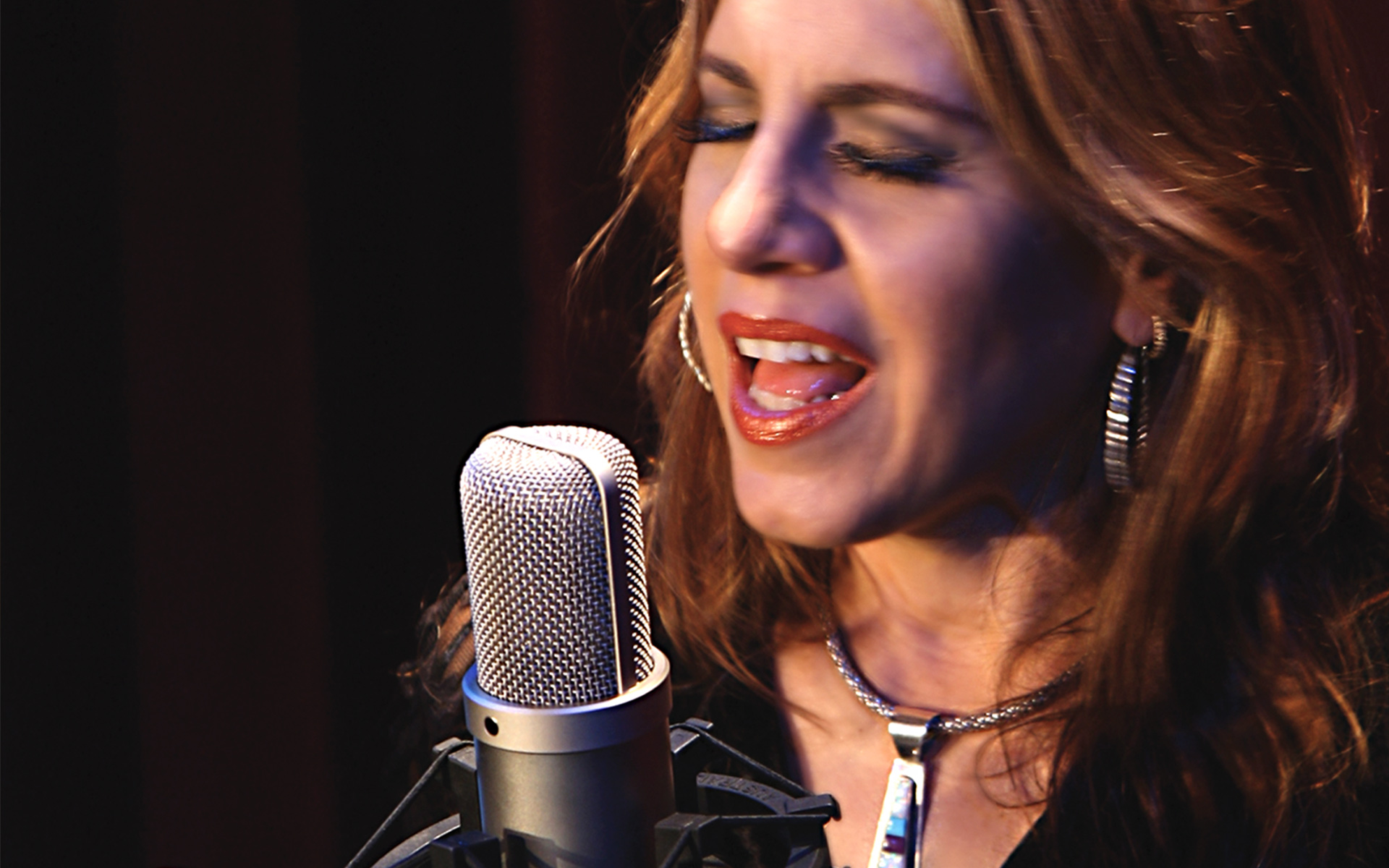 Online Voice Lessons to Develop Your Singing