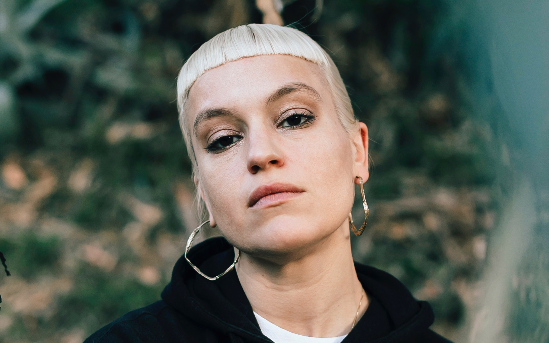 Anna Bulbrook on Toxic Violin, Kanye West Epiphanies, and Girlschool