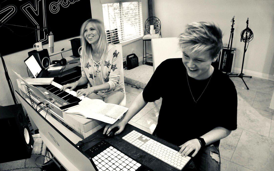 Debbie Gibson Collaborates with Rising Producer Sean Thomas